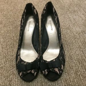 Liz Claiborne Black Lace Bow Heels